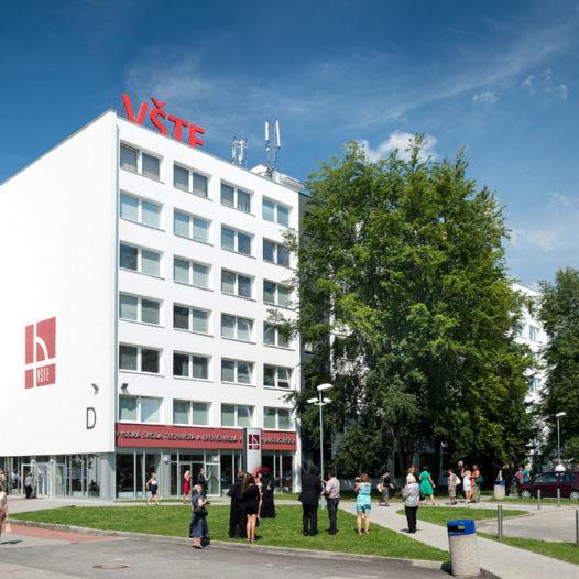 Hlasování studentů vyneslo VŠTE na druhé místo v Česku