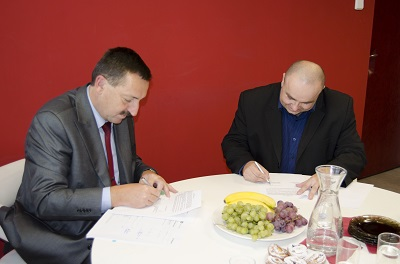 VŠTE podepsala s Českými drahami smlouvu o spolupráci