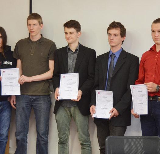 Středoškoláci z průmyslovek soutěžili na VŠTE. Připomněli tím první rok Technického a vzdělávacího konsorcia
