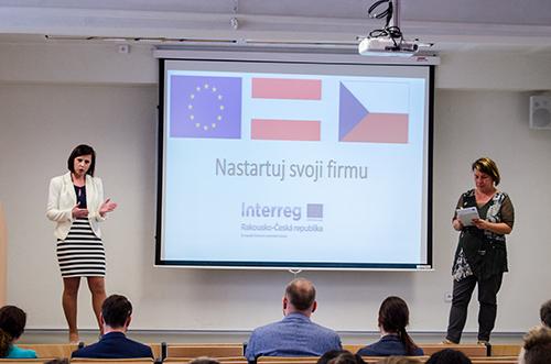 Středoškoláci z Čech a Rakouska na VŠTE ukázali, jak nejlépe nastartovat firmu