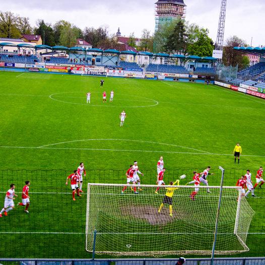 Fotbalové derby studentů Technika – Univerzita se hraje v pondělí